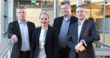 PwC:n Hannu Kaijomaa, Mirel Leino, Mika Tiainen ja Marko Lehto auttavat asiakkaita finanssialan sääntelyyn liittyvissä muutoksissa.